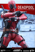 Hot Toys - Marvel - Deadpool