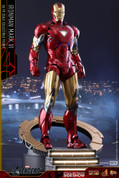 Hot Toys - The Avengers: Iron Man Mark VI