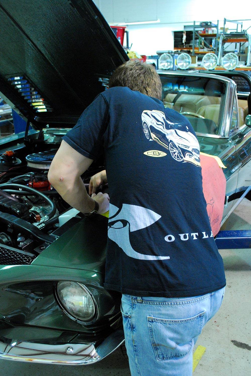 outlaw-shirt-3.jpg