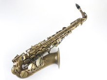 Eastman 52nd Street Alto Saxophone EAS652RL out of the case with neck and mouthpiece.