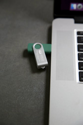 USB Flash Drive Thumb Drive