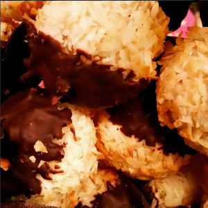 Dark Chocolate Dunked Coconut Macaroons (Holiday Catering)