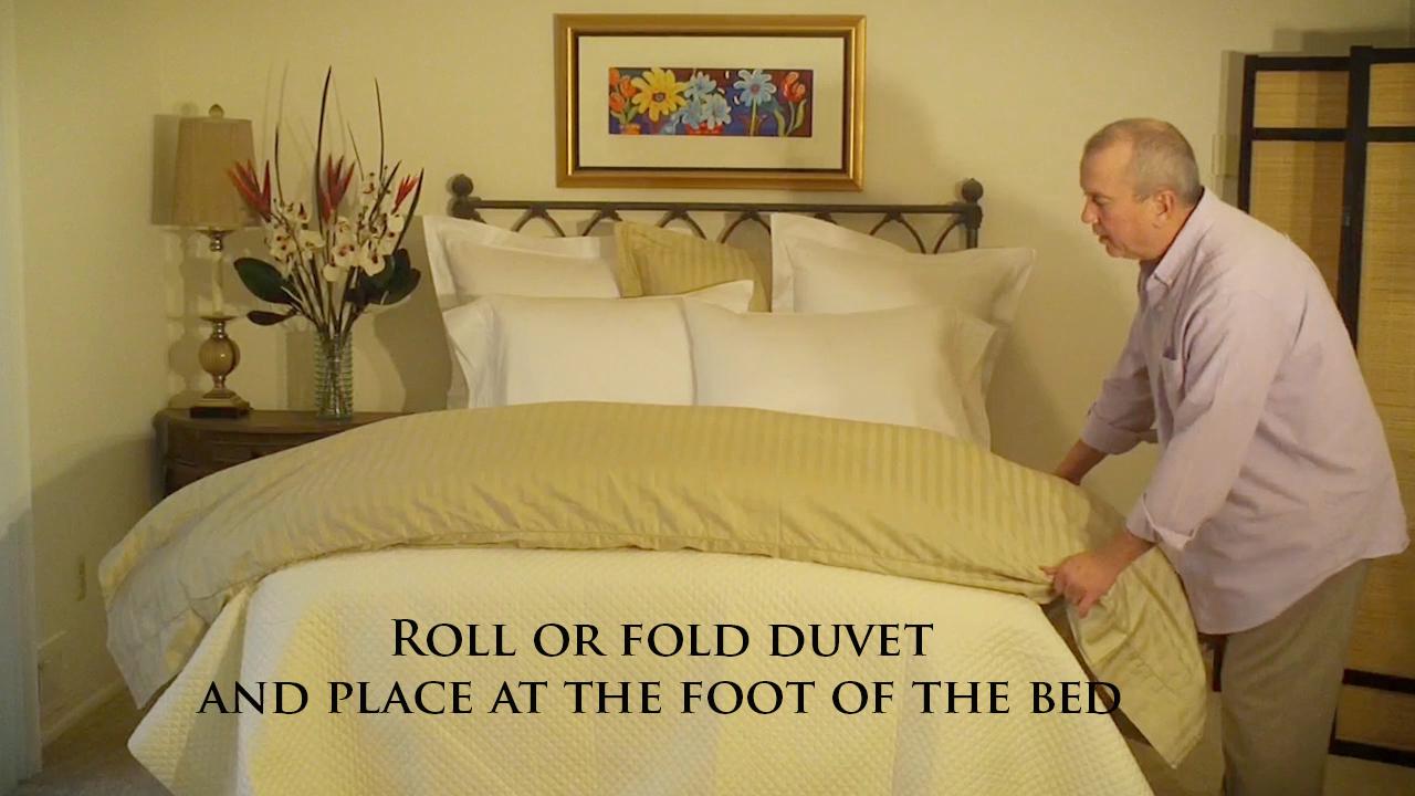 Roll Or Fold Duvet At