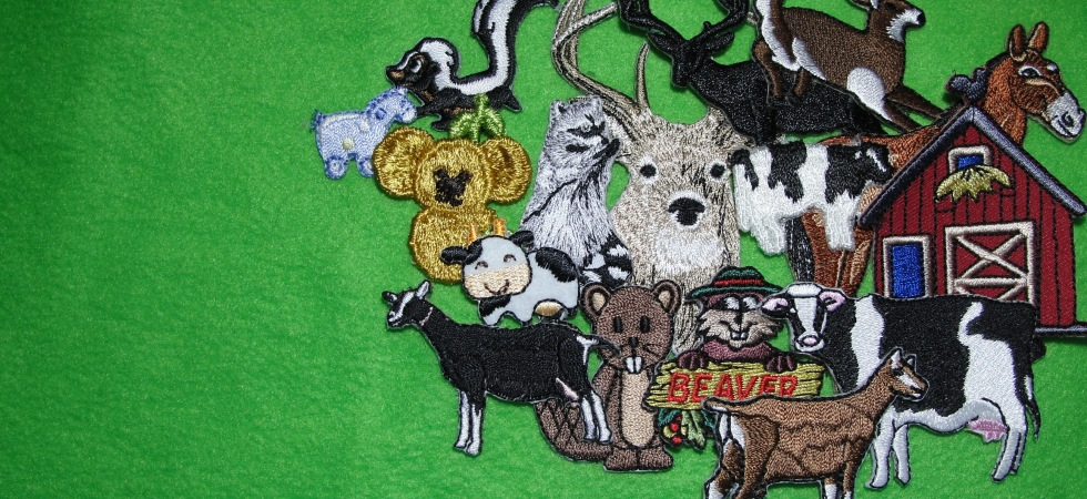 Various domestic wild animal iron on patches applieques