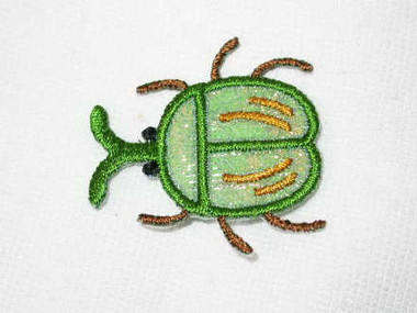 Round Beetle Green Mandible Luminous Iron On Patch