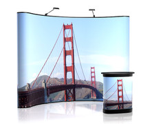 10' Aspen - Curved Graphics with Golden Gate Bridge graphics and printed podium.