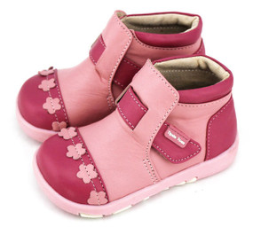 Tipsie Toes Pretty Pink Leather Boot