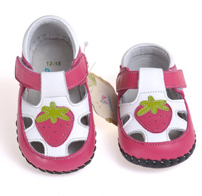 """Caroch """"Berry Sweet"""" Hot Pink Leather Soft Sole Shoes"""
