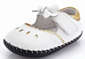"YXY ""Bo Peep"" White Leather Soft Sole Shoes"