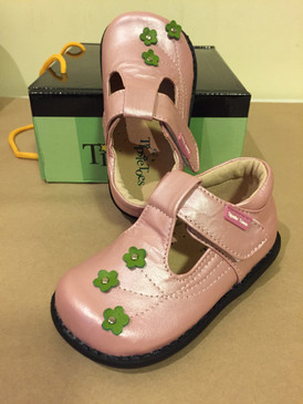 """Tipsie Toes """"Kara"""" Pink Leather Shoes"""