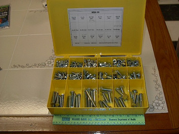 475pc Metric Nut and Bolt Assortment. 18 sizes, Gr 8.8