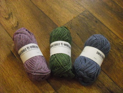 Pure Swaledale double knitting wool.