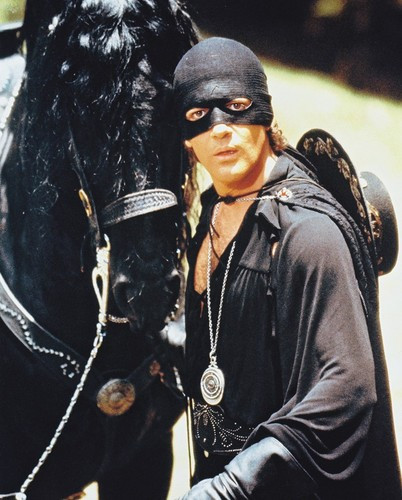 Antonio Banderas The Mask of Zorro Posters and Photos ...