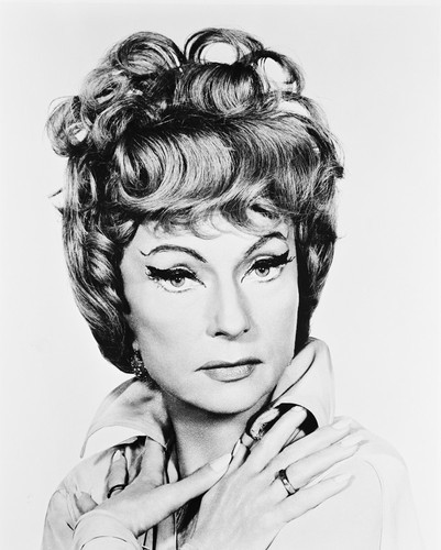 Picture of Agnes Moorehead in Bewitched