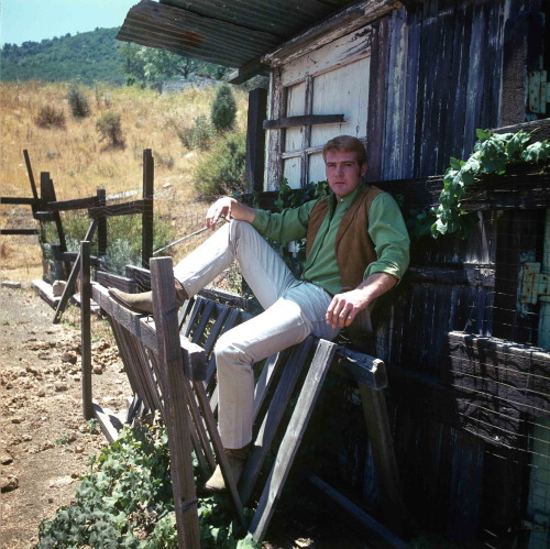 Picture of Lee Majors in The Big Valley