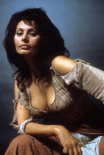 Picture of Sophia Loren in Man of La Mancha