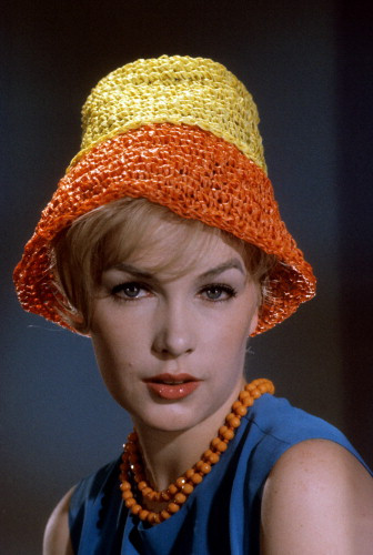 Picture of Stella Stevens