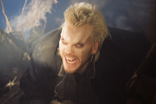 Picture of Kiefer Sutherland in The Lost Boys