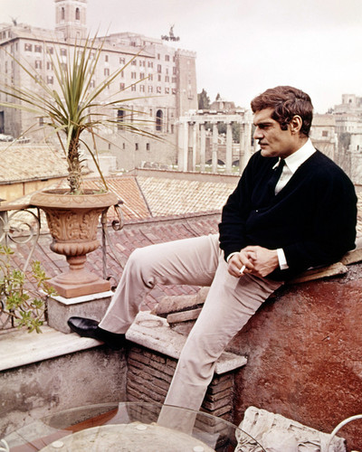 Picture of Omar Sharif in The Appointment