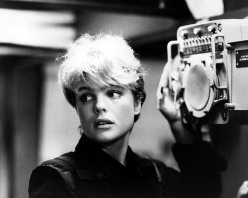 Picture of Erika Eleniak