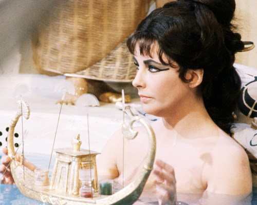 Picture of Elizabeth Taylor in Cleopatra