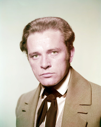 Picture of Richard Burton in My Cousin Rachel