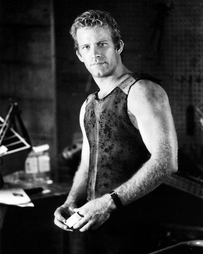 Picture of Thomas Jane in Deep Blue Sea
