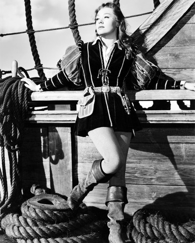 Picture of Glynis Johns in The Sword and the Rose
