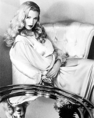 Picture of Kim Basinger in L.A. Confidential