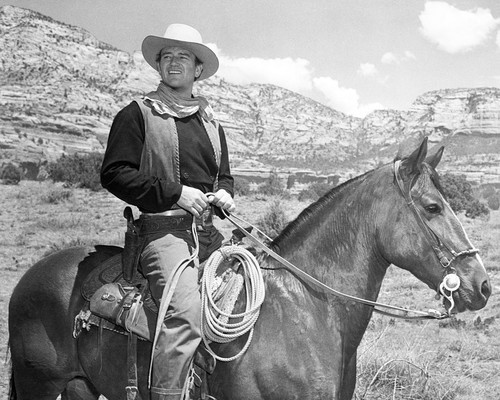 Picture of John Wayne in Dark Command