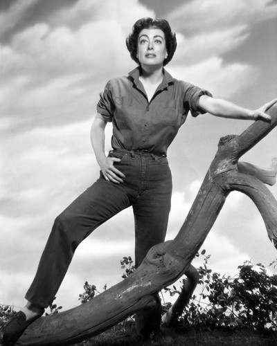 Picture of Joan Crawford in Johnny Guitar