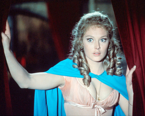 Picture of Jenny Hanley in Scars of Dracula