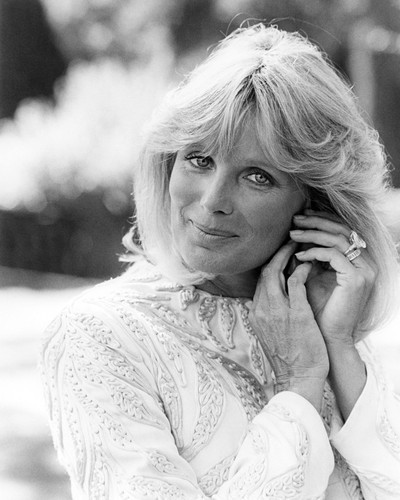 Picture of Linda Evans in Dynasty