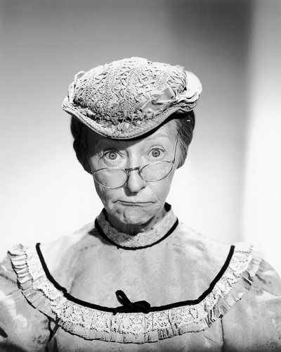 Picture of Irene Ryan in The Beverly Hillbillies
