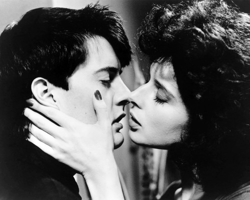 Picture of Isabella Rossellini in Blue Velvet