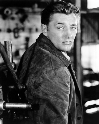 Picture of Robert Mitchum in Out of the Past