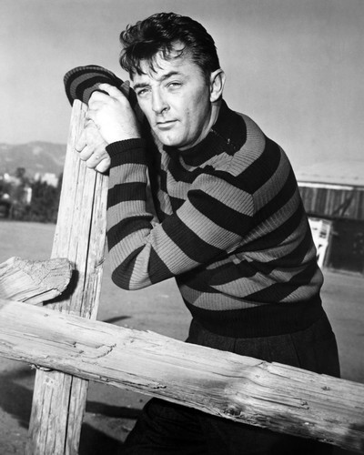 Picture of Robert Mitchum in Rachel and the Stranger