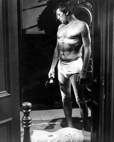 Picture of Robert Mitchum in Going Home