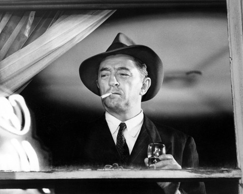 Picture of Robert Mitchum in Farewell, My Lovely