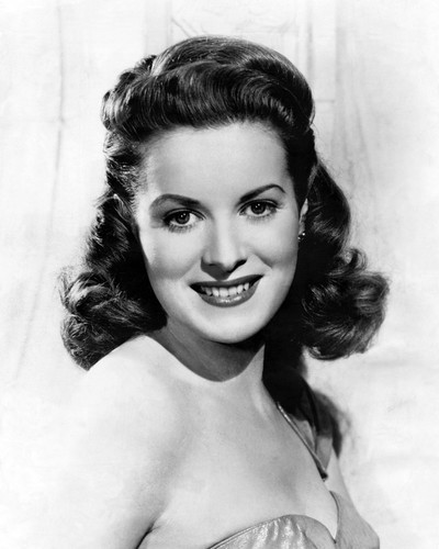 Picture of Maureen O'Hara in Miracle on 34th Street