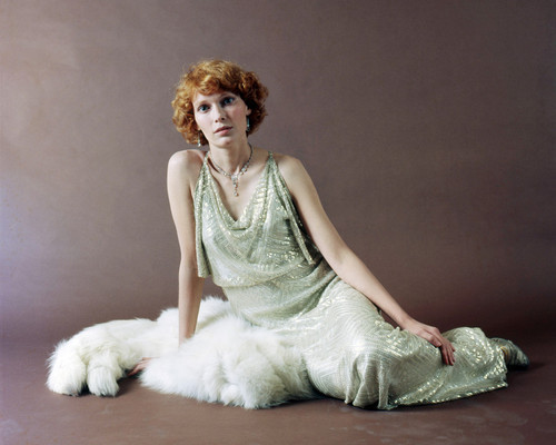 Picture of Mia Farrow in Death on the Nile