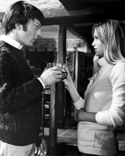Picture of Dustin Hoffman in Straw Dogs