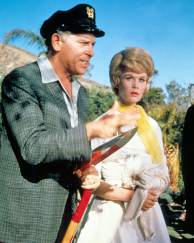 Picture of Milton Berle in It's a Mad Mad Mad Mad World