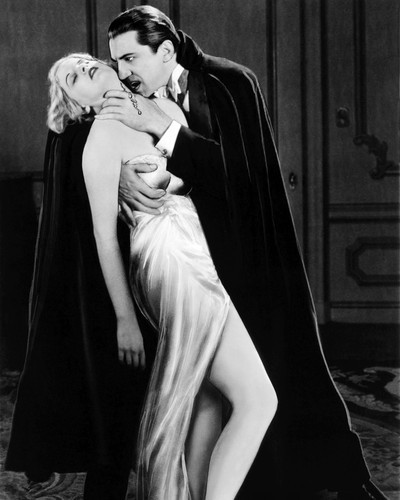 Picture of Bela Lugosi in dracula