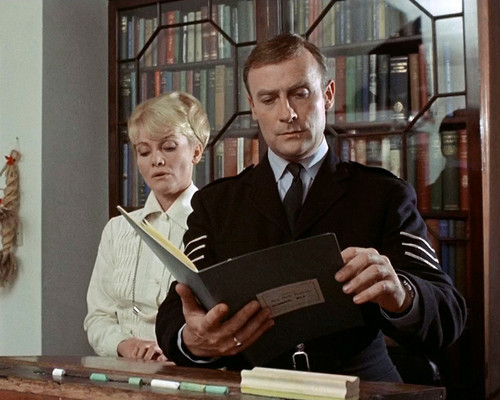 Picture of Edward Woodward in The Wicker Man