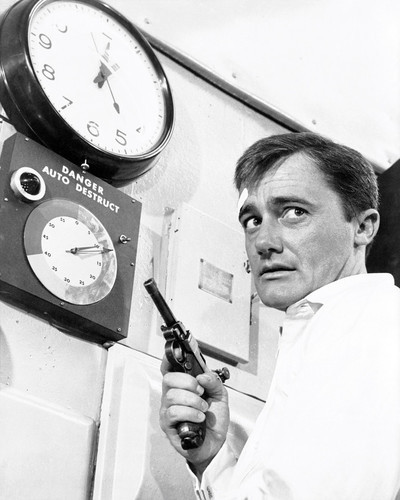 Picture of Robert Vaughn in The Man from U.N.C.L.E.