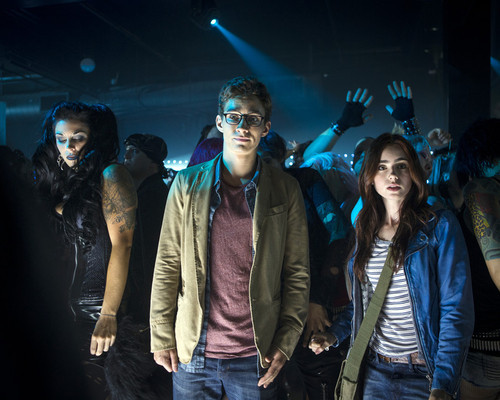 Picture of Robert Sheehan in The Mortal Instruments: City of Bones