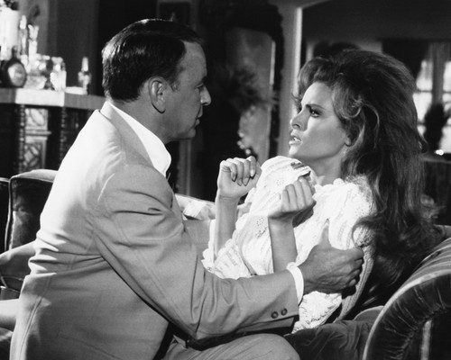 Picture of Frank Sinatra in Lady in Cement