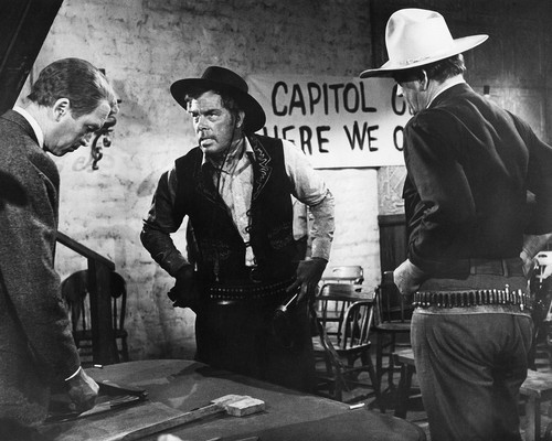 Picture of John Wayne in The Man Who Shot Liberty Valance