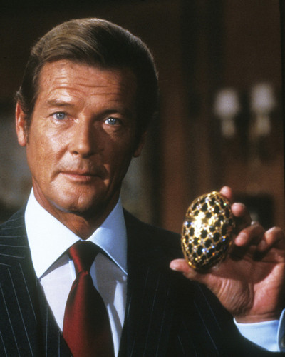 Picture of Roger Moore in Octopussy